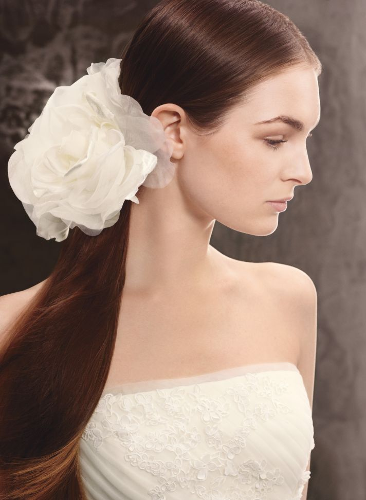 Spring 2013 White by Vera Wang Wedding Hair Accessories VW370110