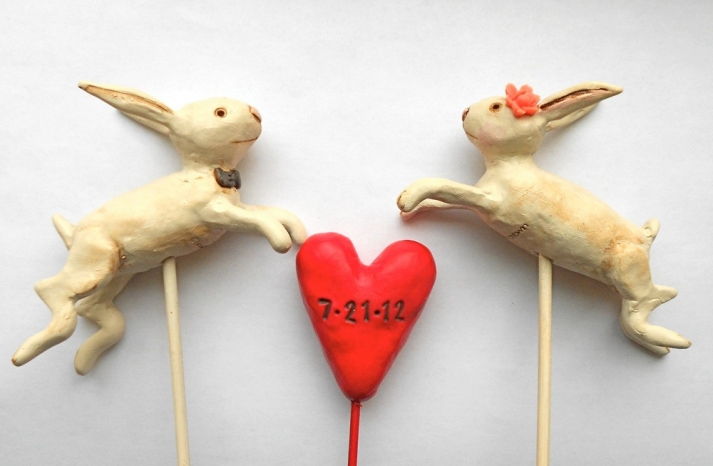 Customized Wedding Cake Topper with wedding date