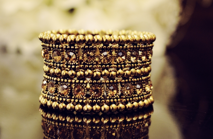 Gold Jewels Bangle Bracelet for Vintage Brides