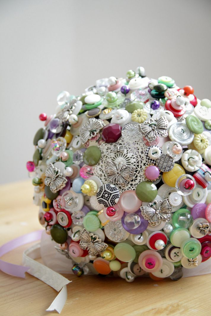 do or i don 39 t to a button bridal bouquet onewed
