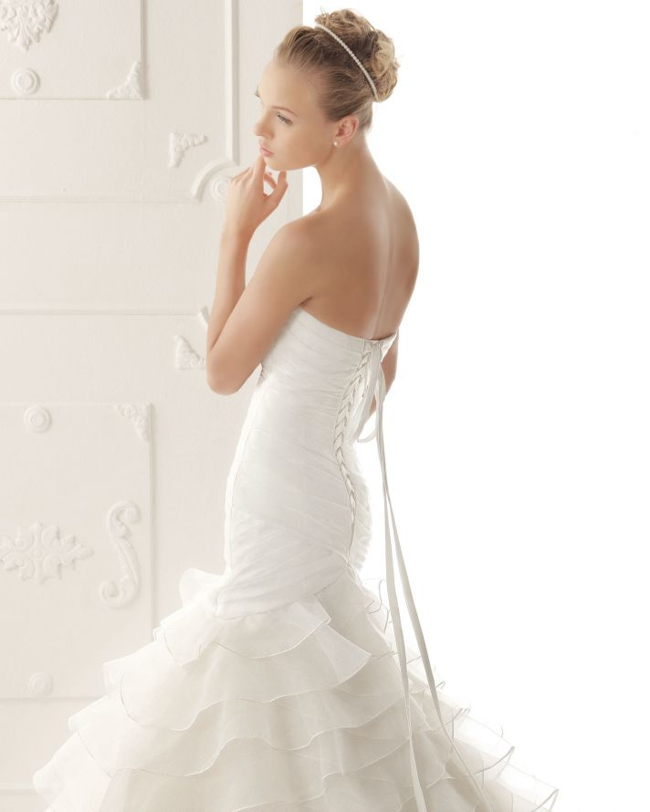 Aire Barcelona Wedding Dress 2013 Vintage Bridal Collection Verenice