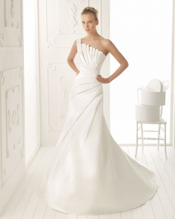 Aire Barcelona Wedding Dress 2013 Vintage Bridal Collection Valle
