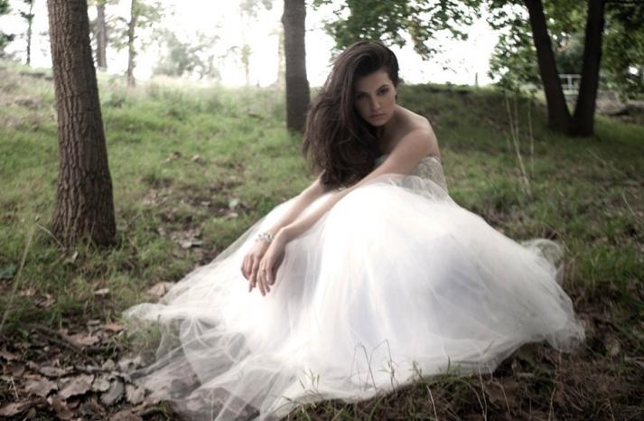 Mariana Hardwick Wedding Dress 2013 Bridal Ambellina