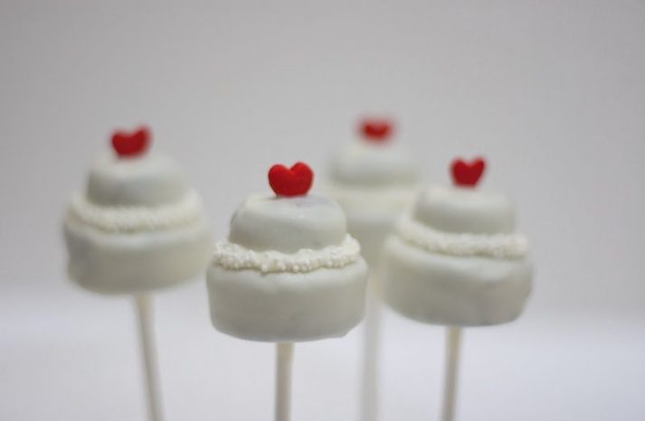 Wedding cake alternatives Cake Pops 2