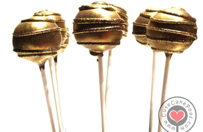 Sparkly gold wedding cake pops