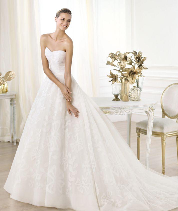 Pronovias wedding dress pre 2014 Glamour bridal collection Leura