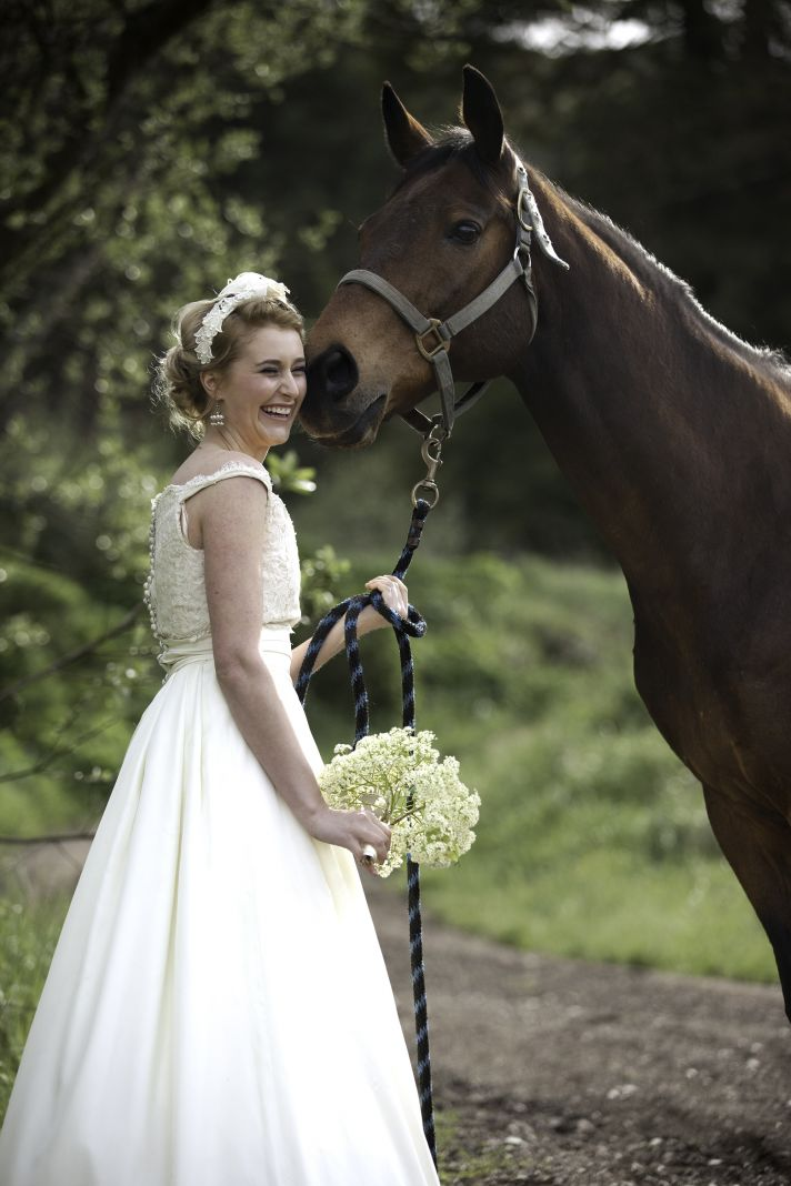 Classic meets cutting edge wedding inspiration at a barn 1