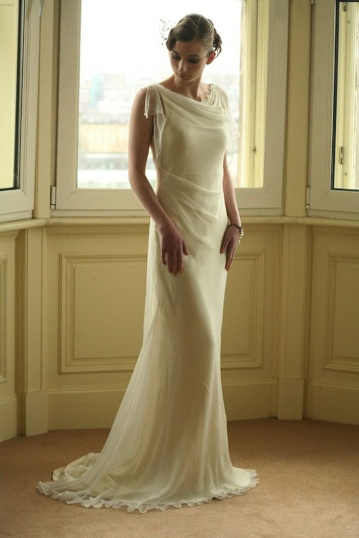 Bias cut wedding dress for Gatsby brides