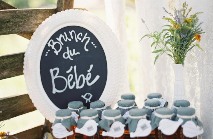 Brunch wedding sign and favors