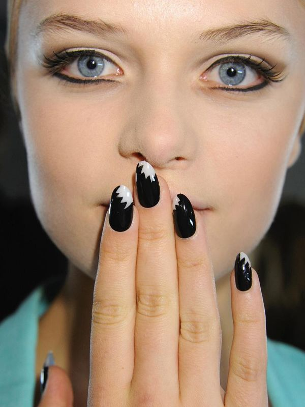Mod inspired bridal mani black and ivory