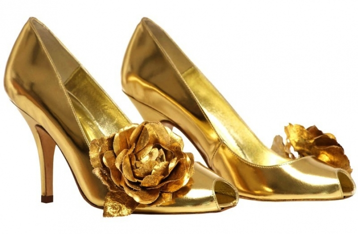 Gilded gold peep toe wedding shoes