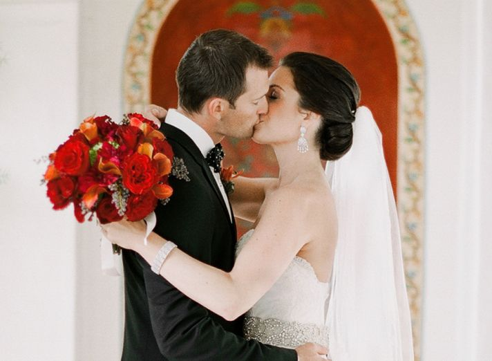 Real wedding in Simi Valley California bride and groom kiss