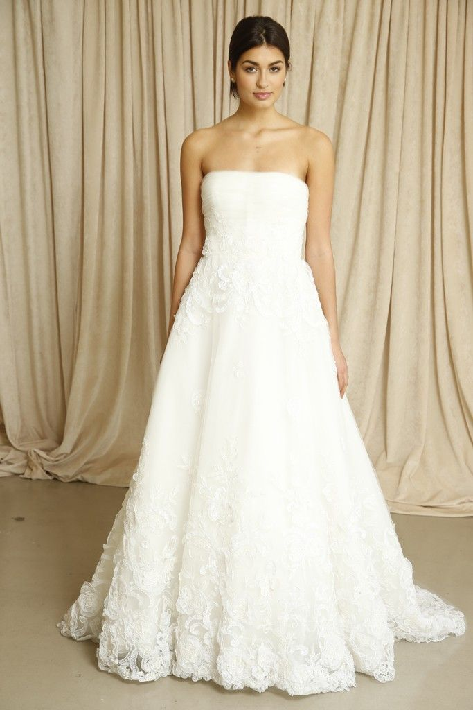Oscar de la Renta wedding dress Fall 2014 1
