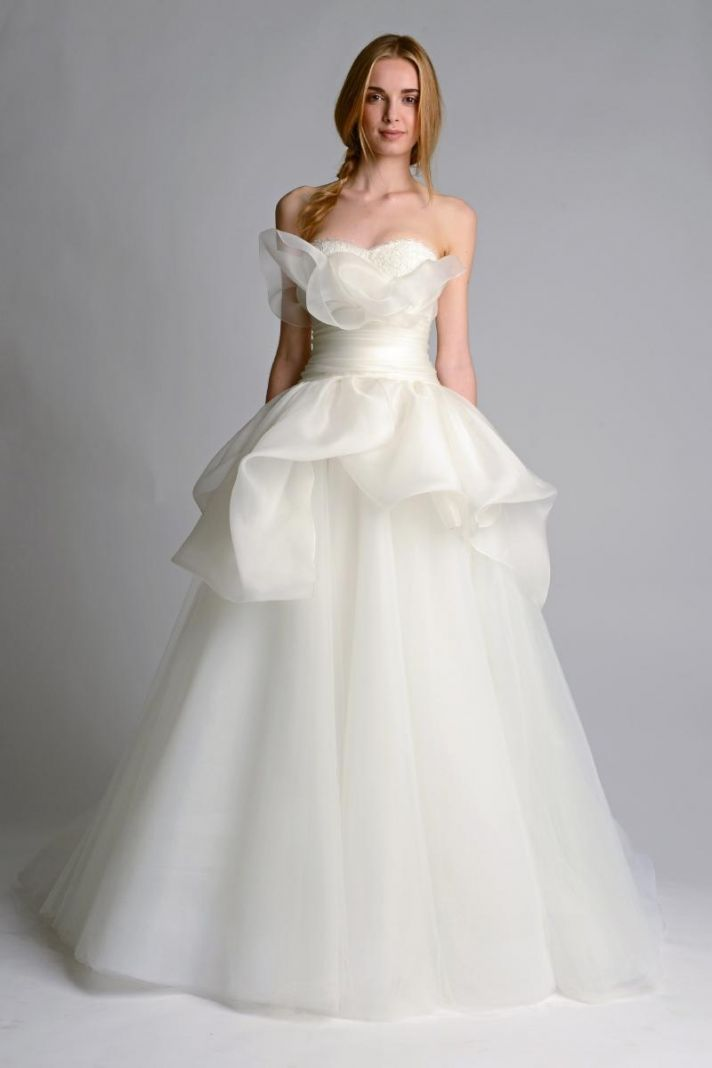 Ethereal Wedding Dresses 58 Vintage Wedding dress by Marchesa