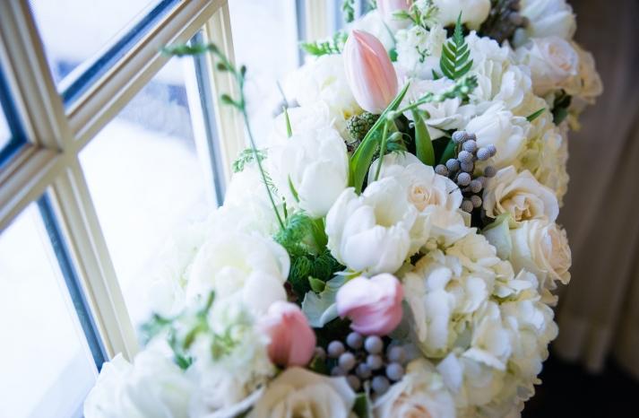Winter wedding flowers in a windowsill