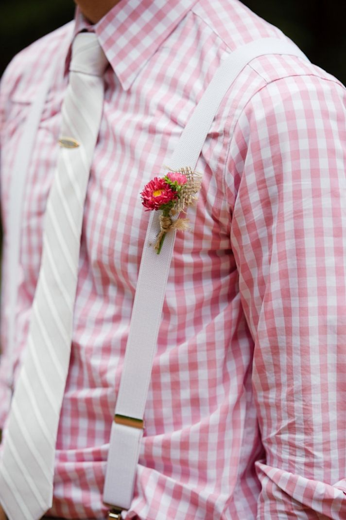 Simple pink grooms boutonniere