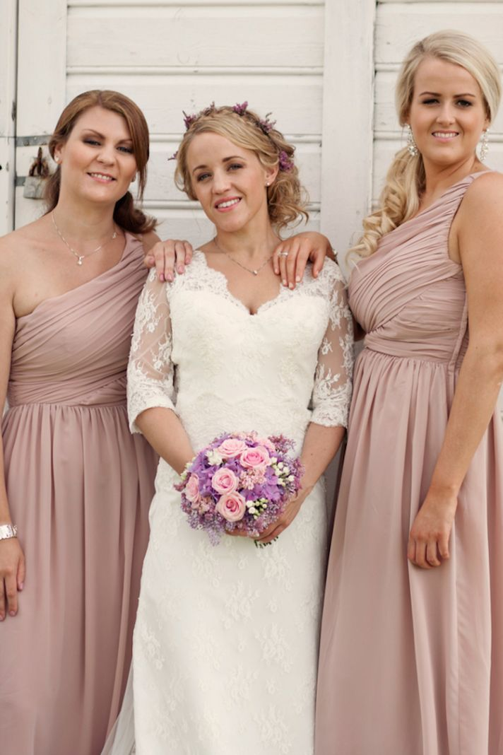 Norwegian real wedding with blush bridesmaids dresses
