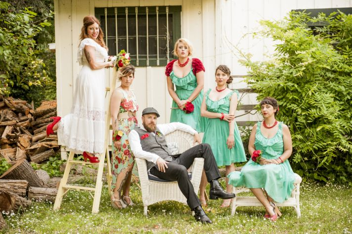 Hipster Backyard Wedding : The Hipster Wedding Playbook in Turquoise and Red