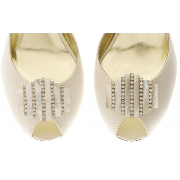 Vivian Shoe Clip with Mother of Pearl design