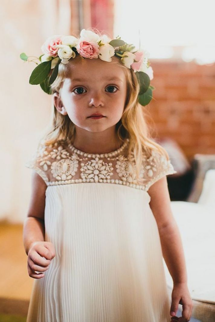Adorable flower girl dresses for the little miss in your for Little flower girl wedding dresses