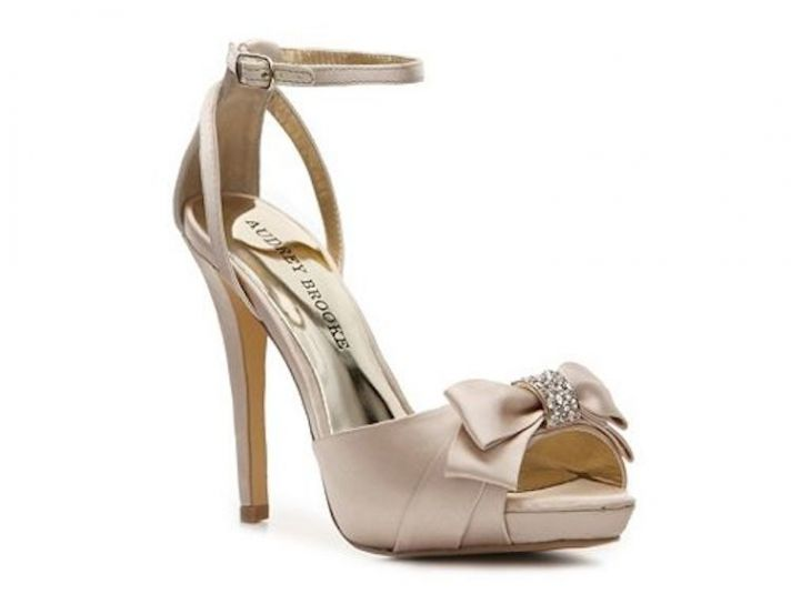 Champagne Sandal With Sparkle Bow