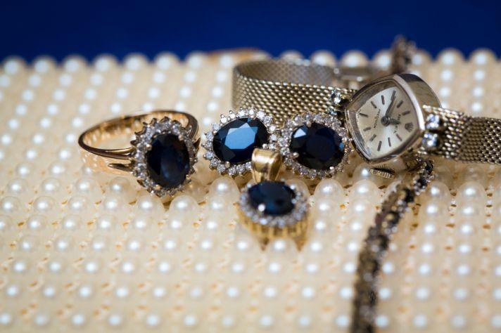 Stunning Sapphire Accessories