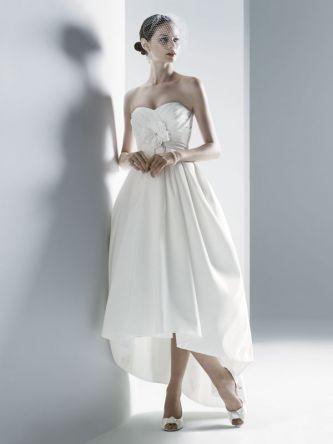 Oleg cassini wedding dress style oleg cassini ct326 onewed for Oleg cassini wedding dress tea length