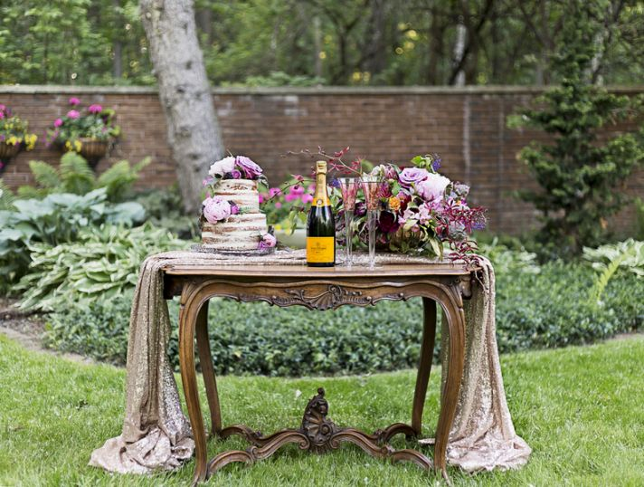 Stunning Vintage Inspired Reception Table with Modern Touches