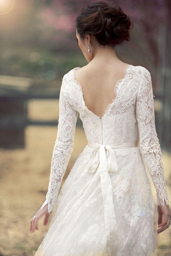 A Beautiful Lace Wedding Dress