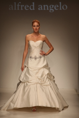 By Alfred Angelo Sapphire
